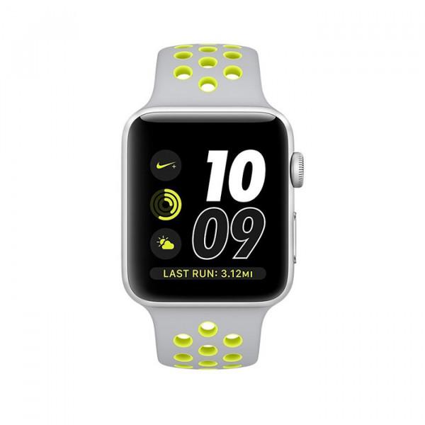 ساعت هوشمند اپل واچ نایک پلاس سری 2 سایز 42 میلیمتر رنگ نقرهای با بند نقرهای